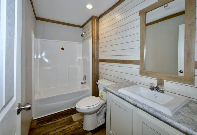 Meridian Mariana - 9776-Guest Bathroom