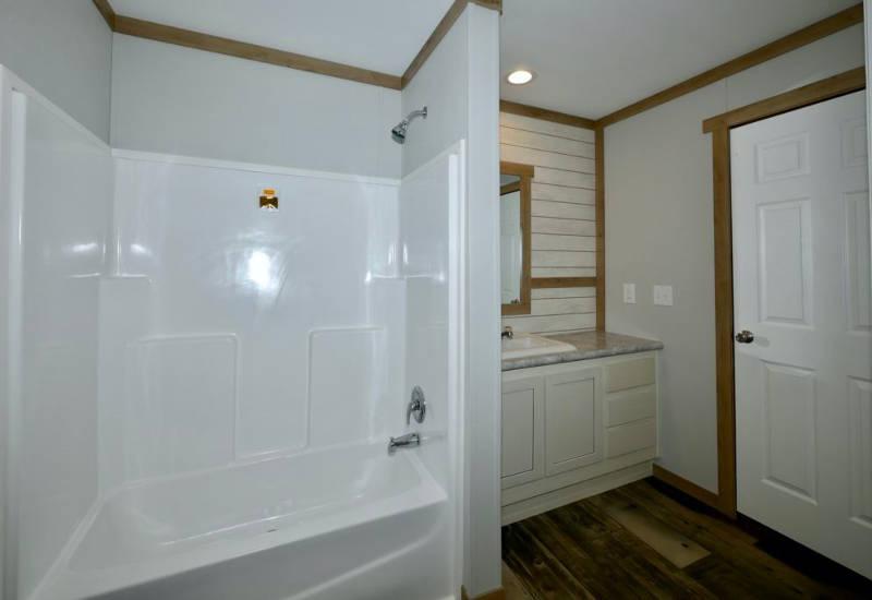 Meridian Mariana - 9776-Guest Bathroom 2