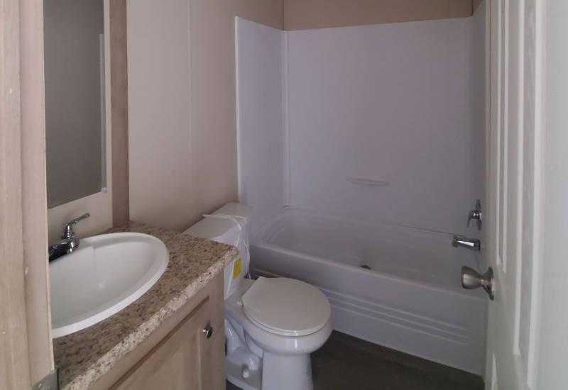 Phoenix - 9277 - Bathroom