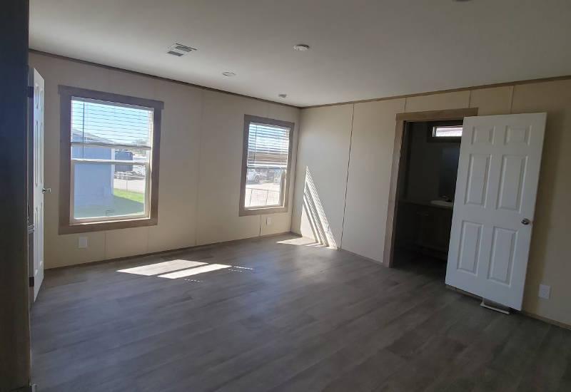 Phoenix - 9277 - Living Room 2