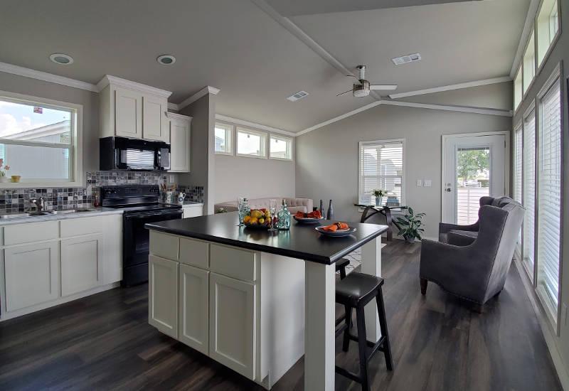 Mockingbird PLUS - D54EP8 - Kitchen 2