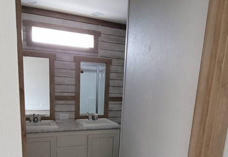 Gabriella - 9576 - Bathroom 2