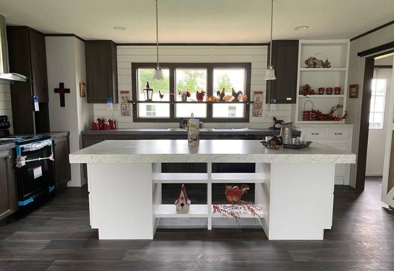 Renegade – SLT28483B - Kitchen 4