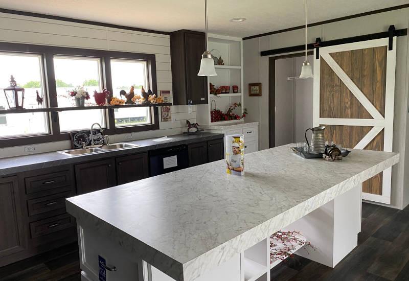 Renegade – SLT28483B - Kitchen 3