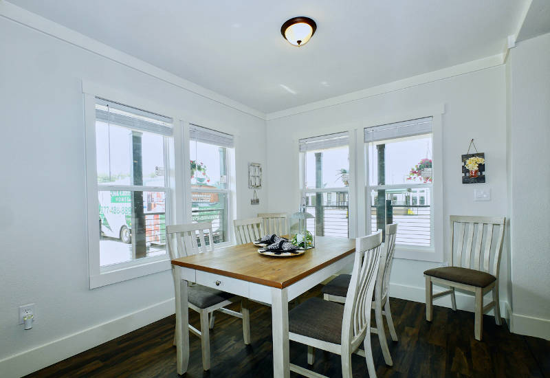 Pearl - 6370 - Dining Room 2