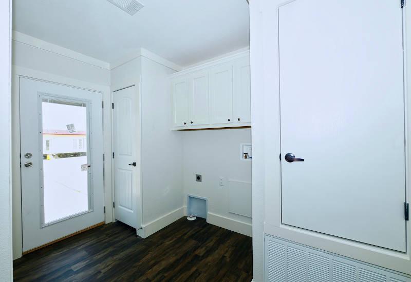 Pearl - 6370 - Master-Bathroom 6